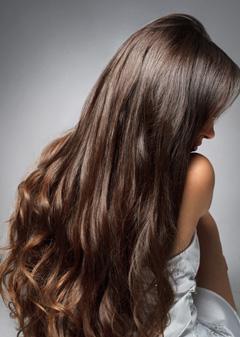 Курсы обучения наращиванию волос в Москве в студии волос VEROSSA.